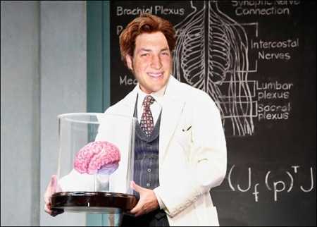 Tim Tebow displays baboon brain to medical interns at UF Shands Hospital